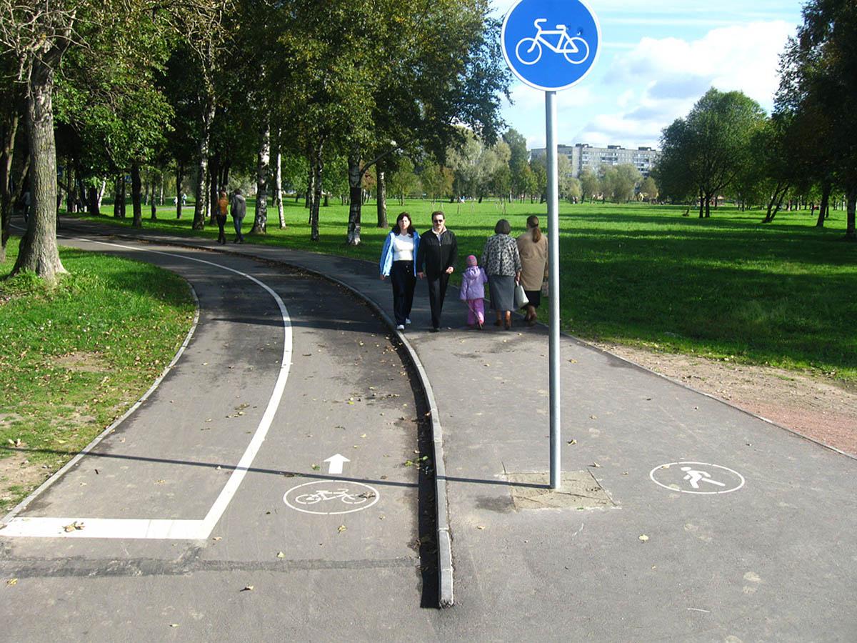 пешеходные и велосипедные дорожки в Муринском парке