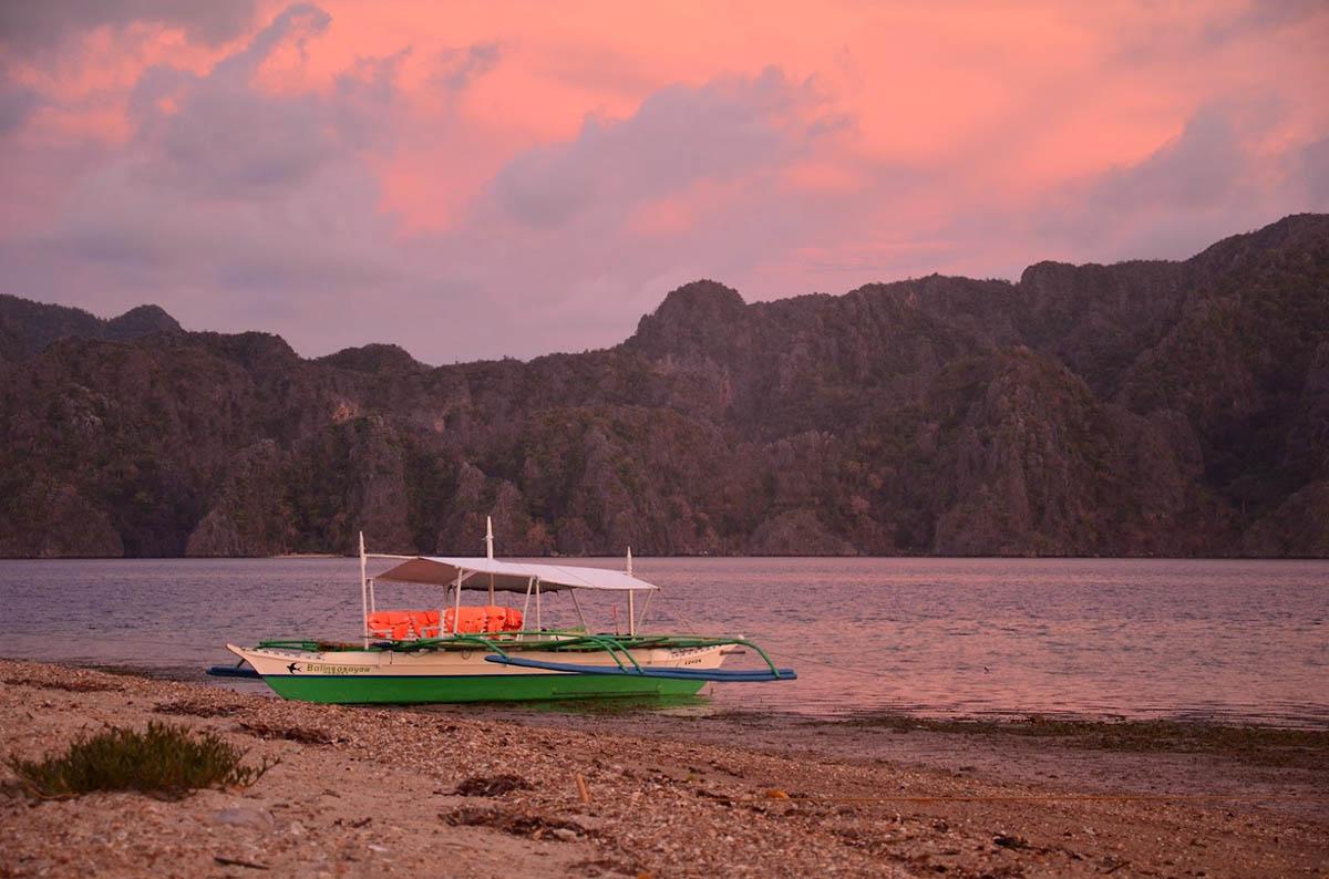закат на острове Корон