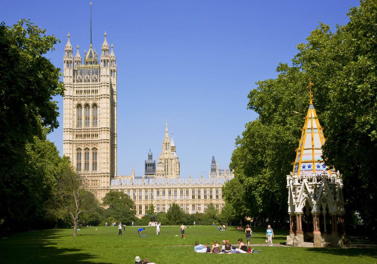 Башня Виктории в Лондоне