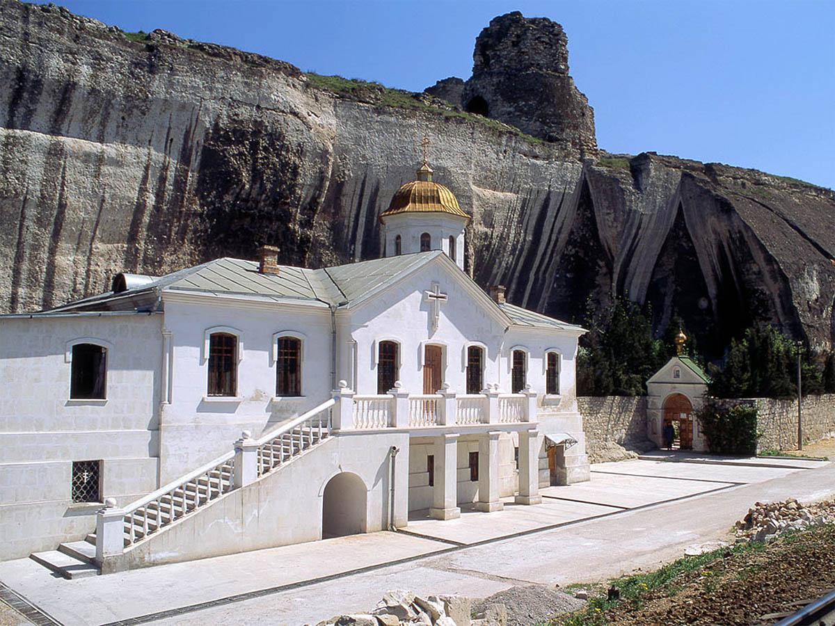 Инкерманский Свято-Климентьевский пещерный монастырь
