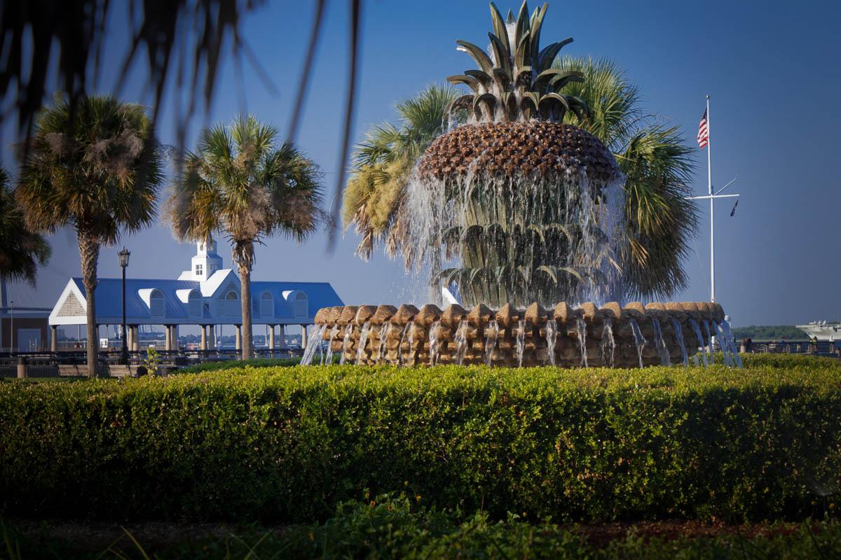 Pineapple Fountain, Charleston, USA