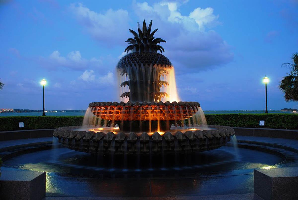 Pineapple Fountain, USA