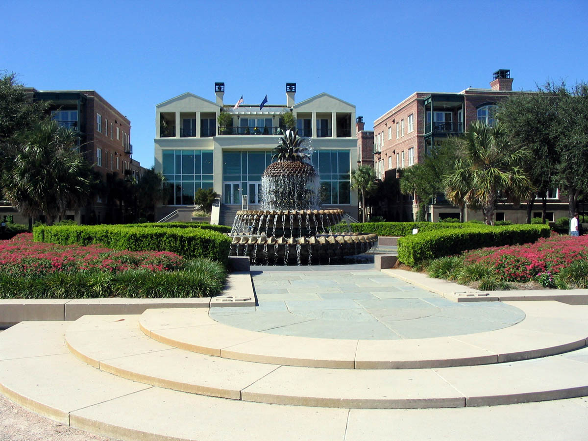 Pineapple Fountain, Waterfront Park, Charleston, USA