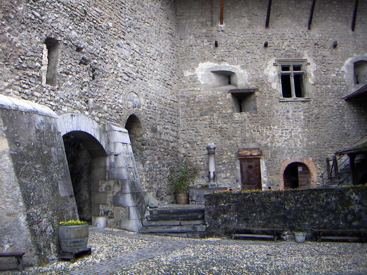 Шильонский замок, Монтре, Швейцария