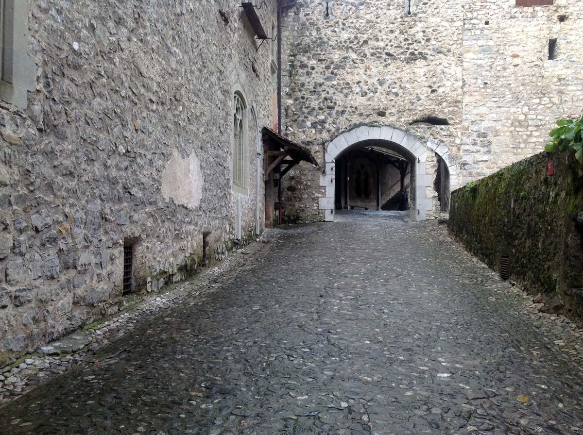 Шильонский замок, Монтре