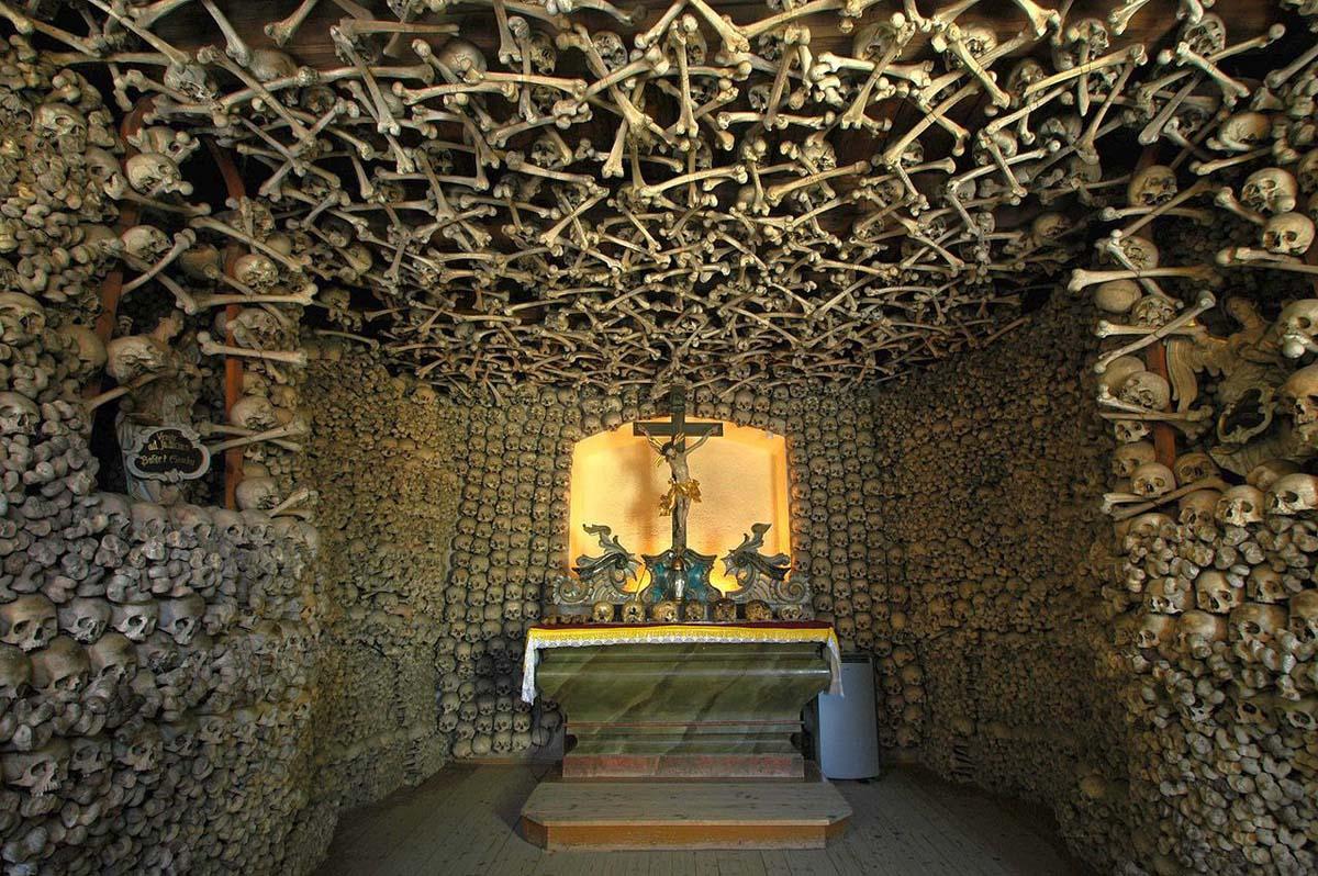 часовня черепов, Чехия