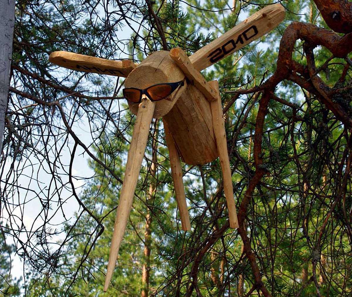 экспонат музея поделок на острове Добрых Духов в Карелии