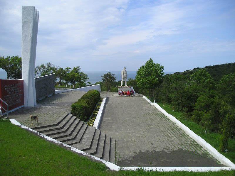 памятник Калинину в Анапе
