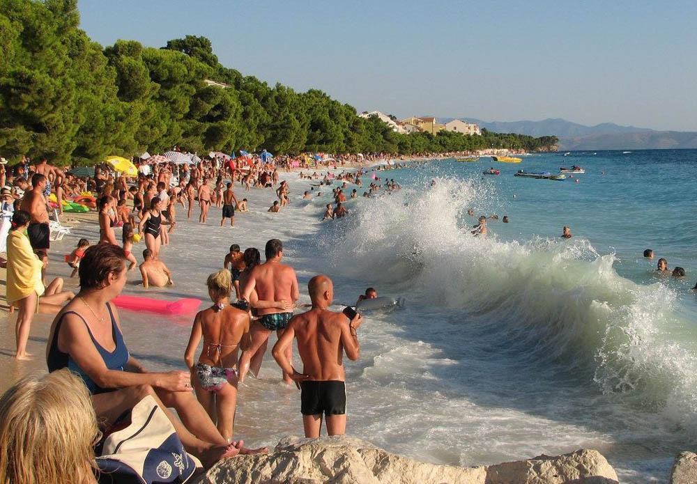 пляж Тучепи на Адриатическом море, Хорватия