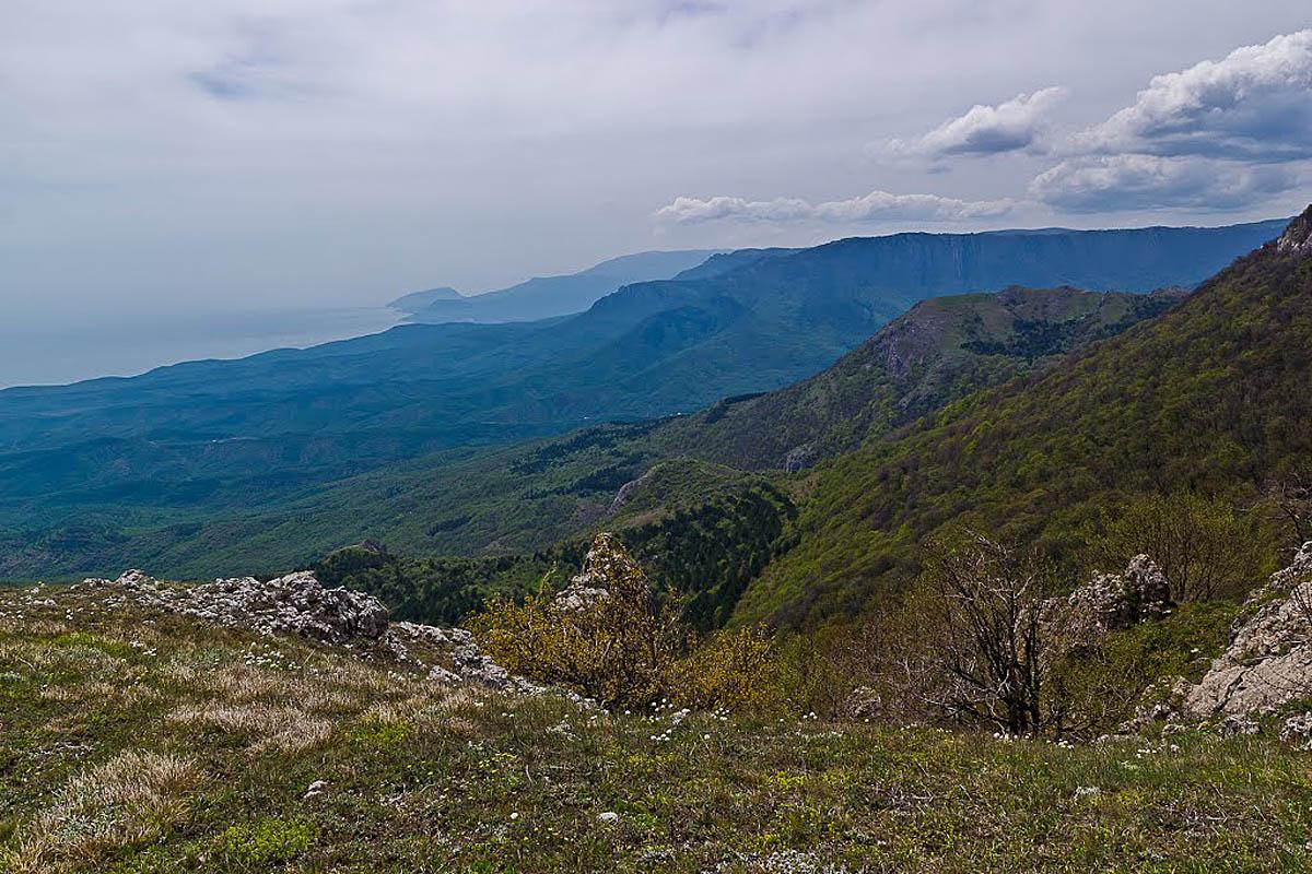 вид с горы Кастель