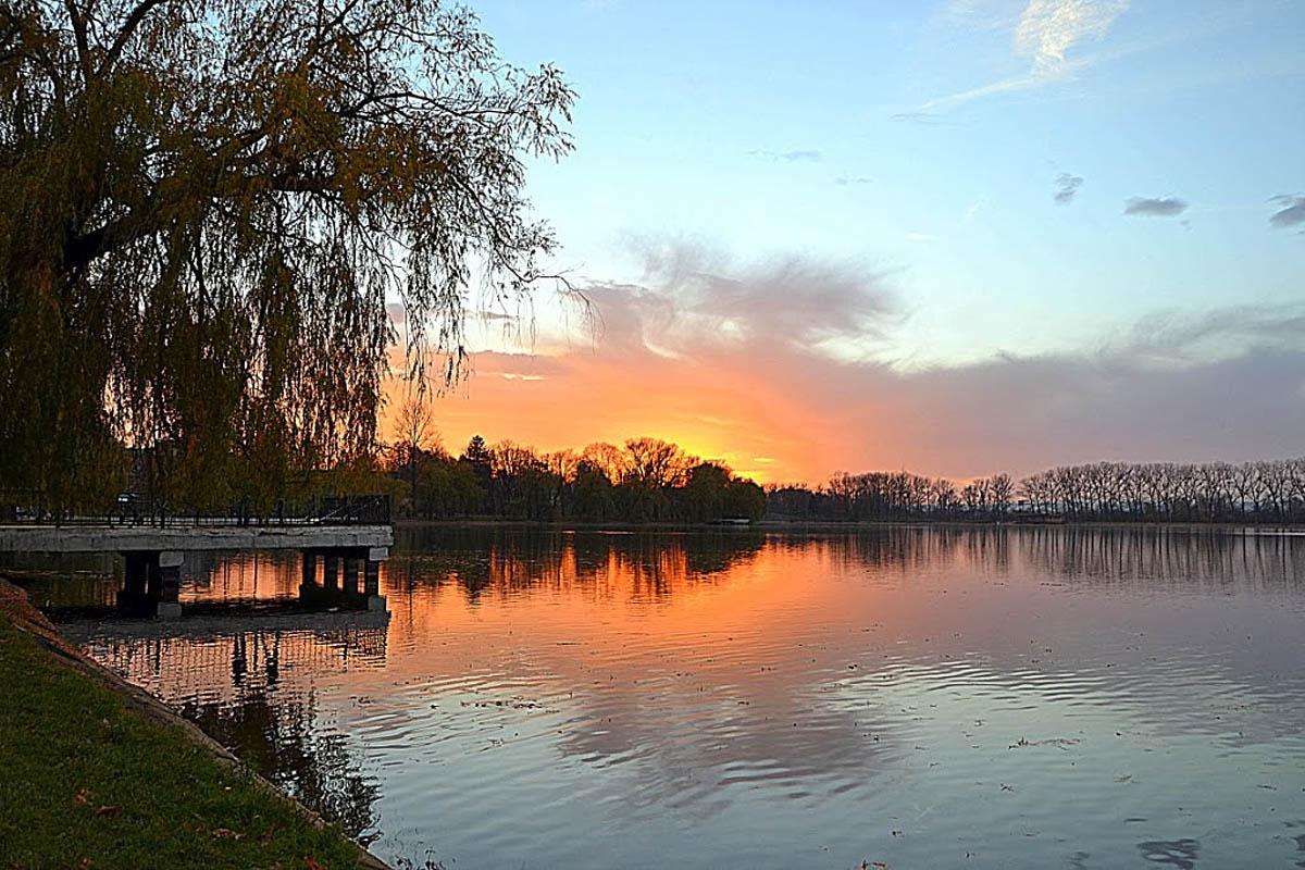 Городское озеро, Ивано-Франковск, Украина