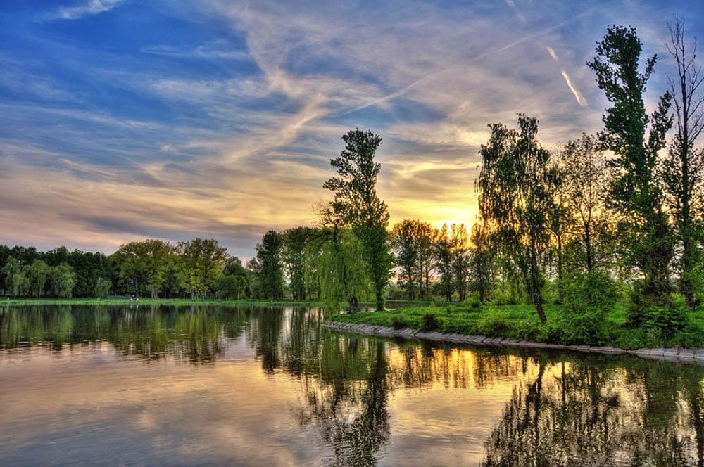 Городское озеро Ивано-Франковска