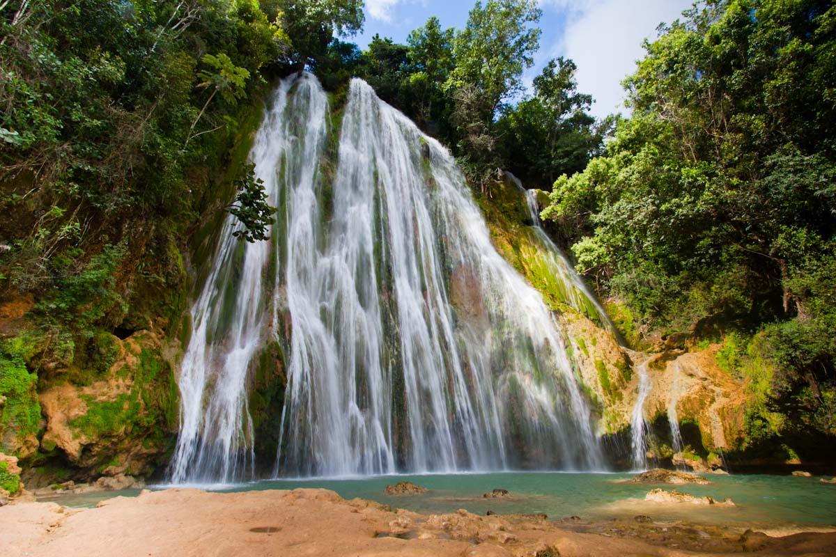 La Cascada Limon, Dominicana