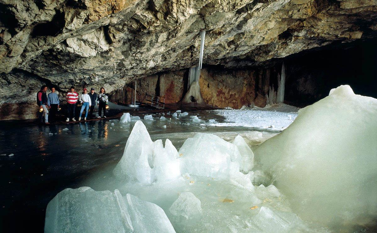 Schellenberg ice cave