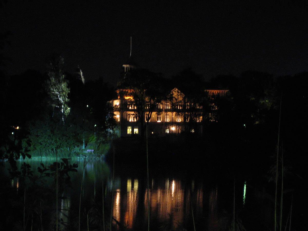 Villa Kivi in Helsinki, T??l?nlahti bay