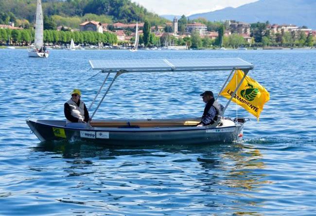 электрическая лодка