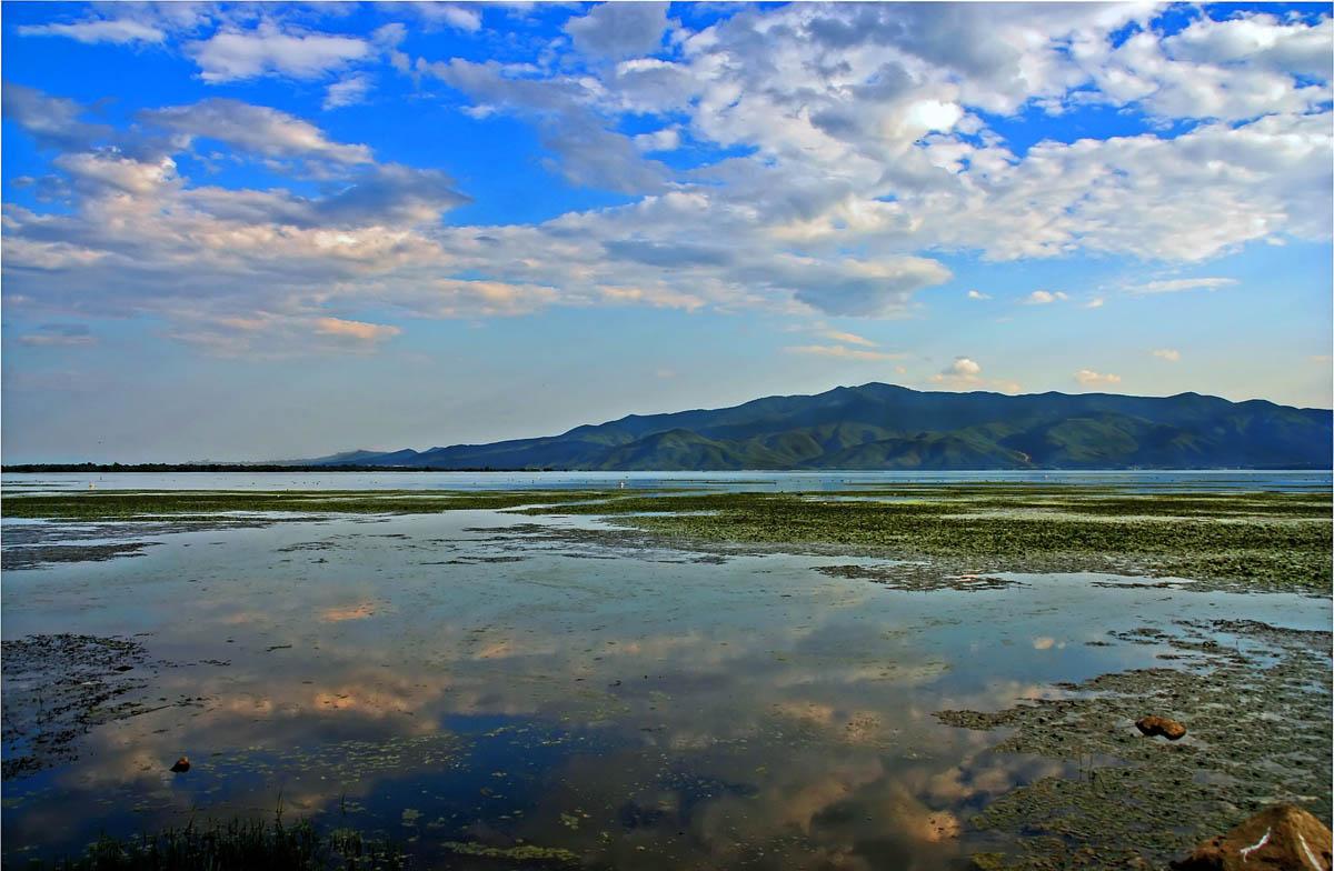 озеро Керкини
