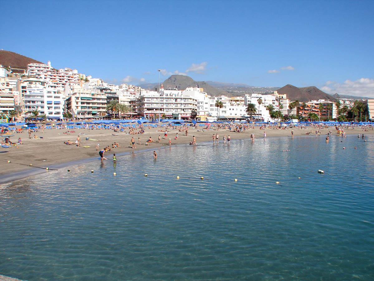 пляж в Лос Кристианосе, Испания