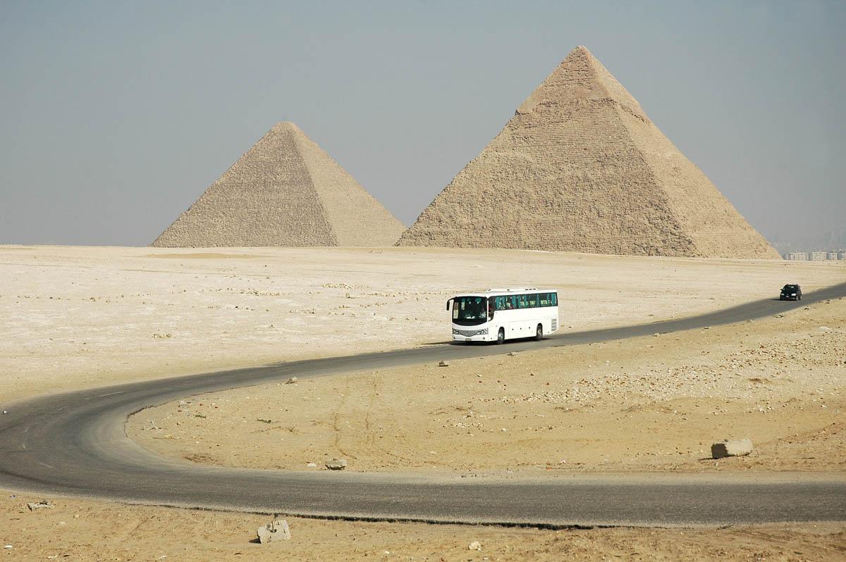 туристический автобус в Египте