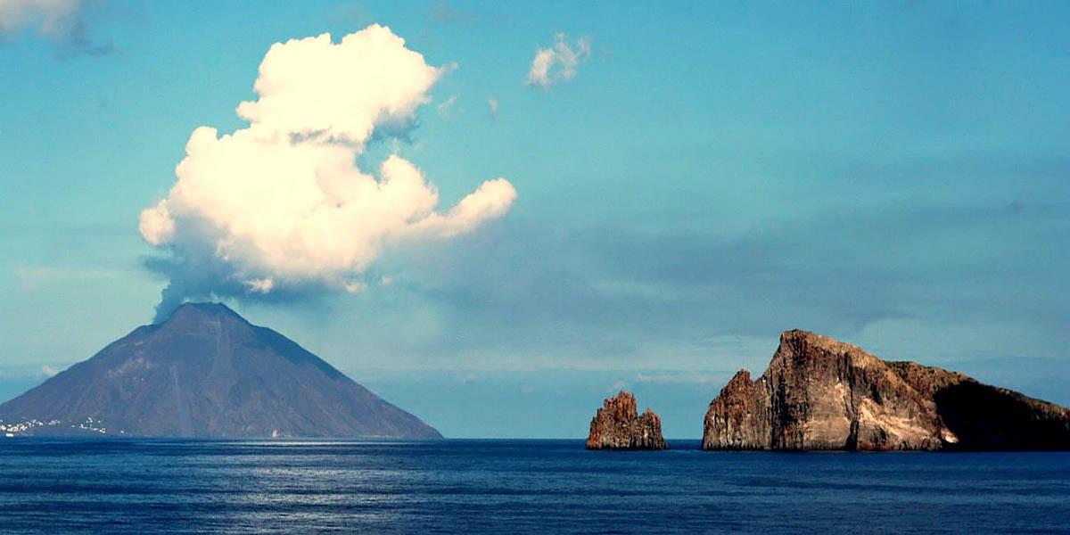 вулкан Стромболи, Сицилия, Италия