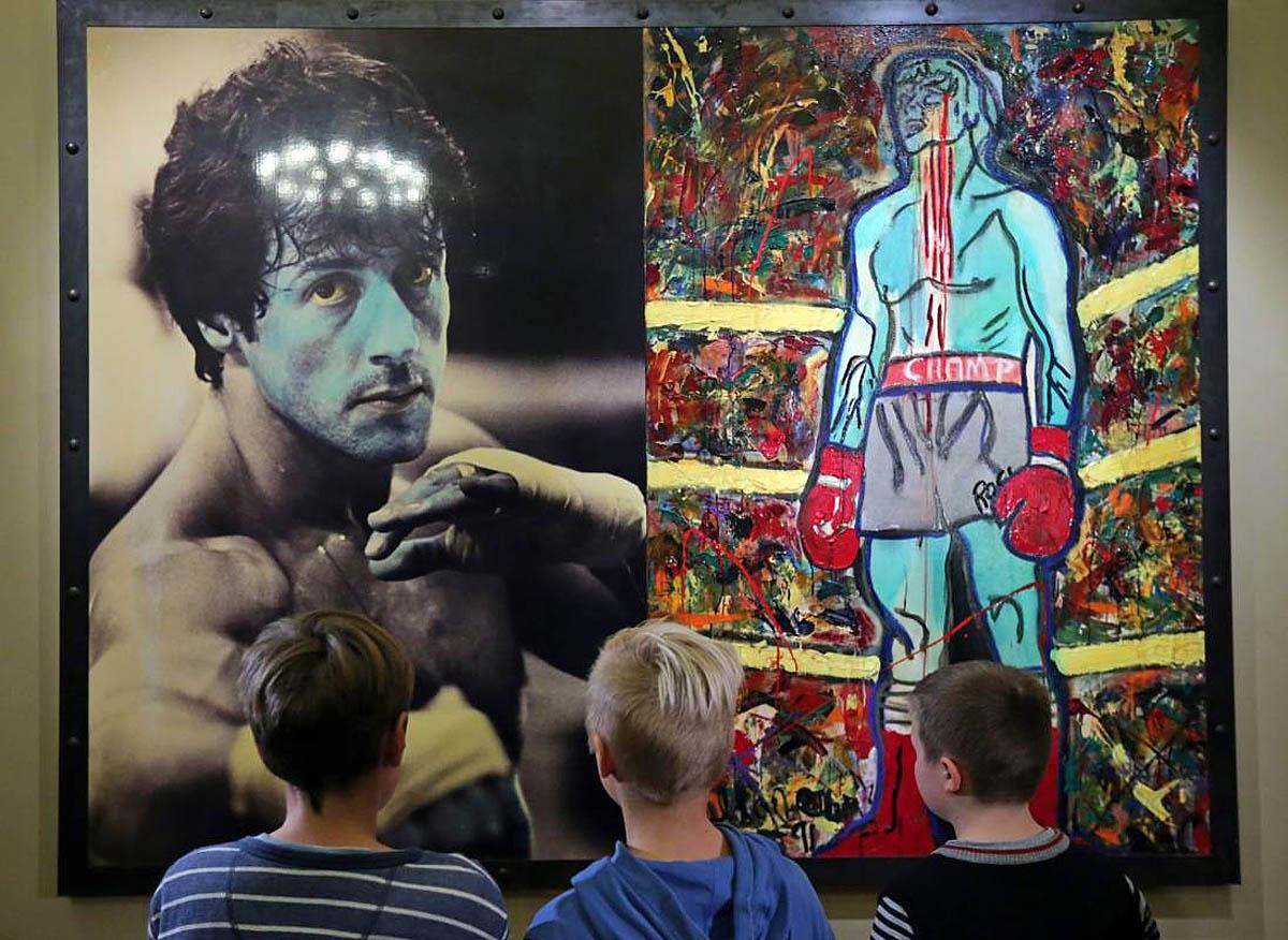 выставка картин Сталлоне