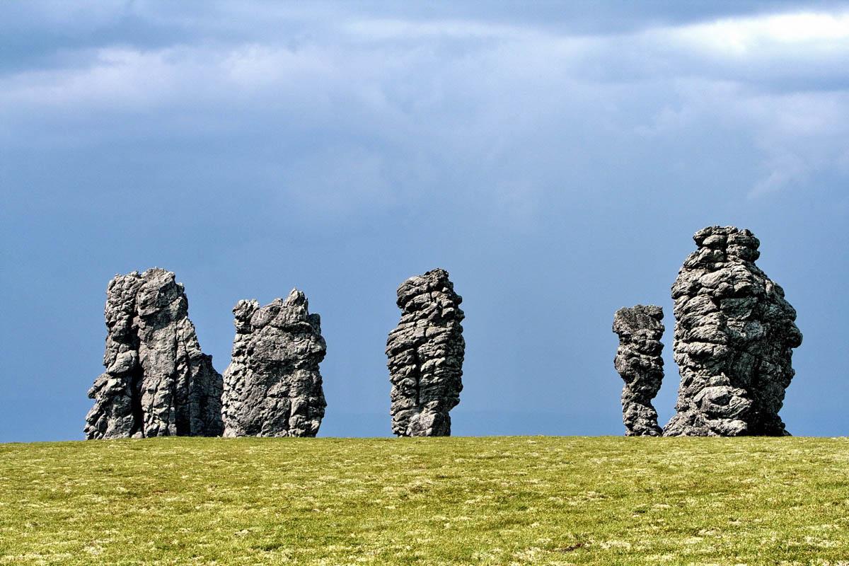 Столбы выветривания на плато Маньпупунер