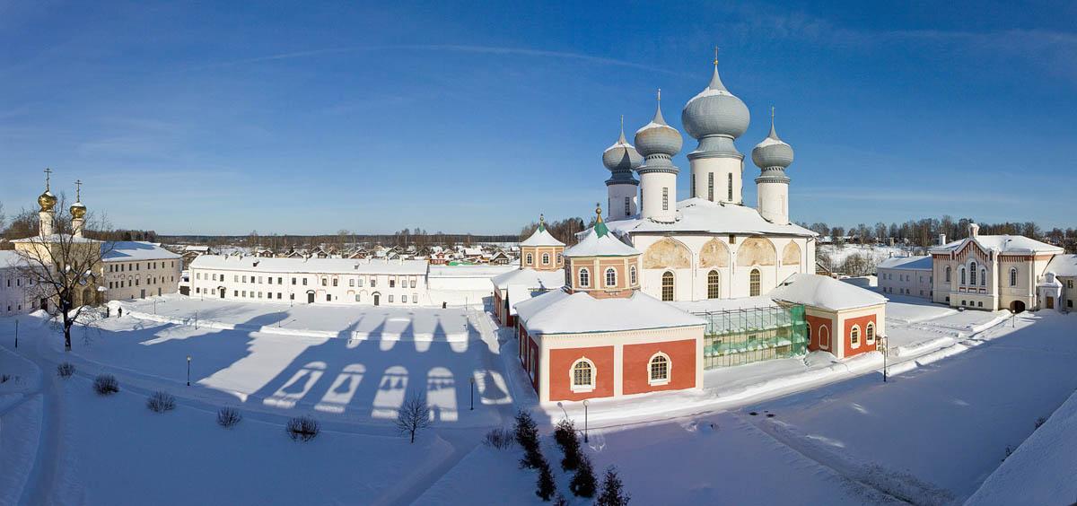 Тихвинский Богородичный Успенский мужской монастырь, 1560 г