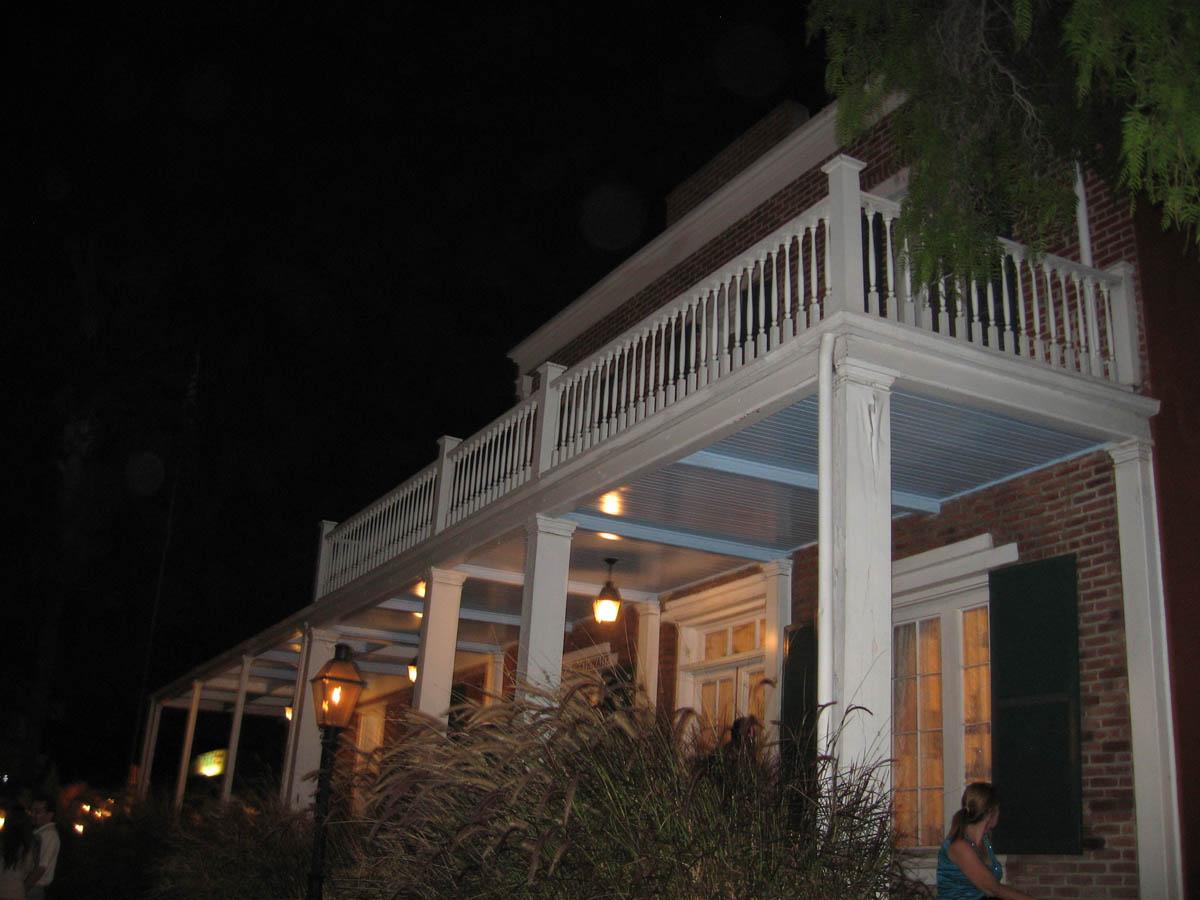 Whaley House ночью