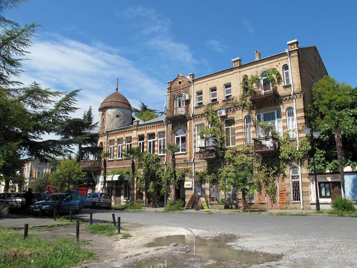 дом на набережной Махаджиров