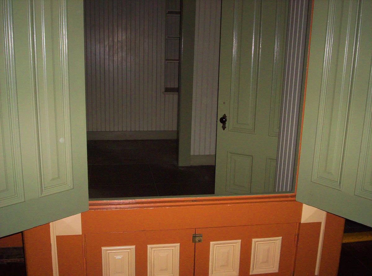 двери в Доме Винчестеров