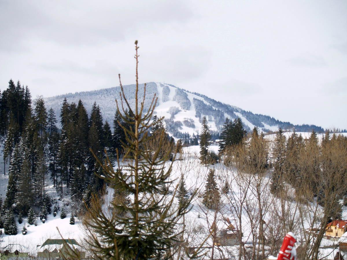 гора Тростян