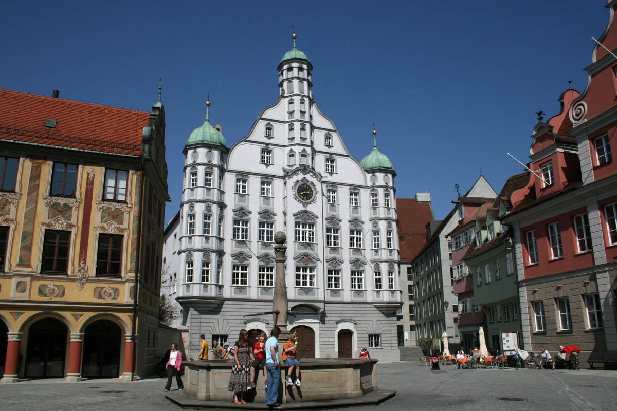 городская ратуша Меммингена