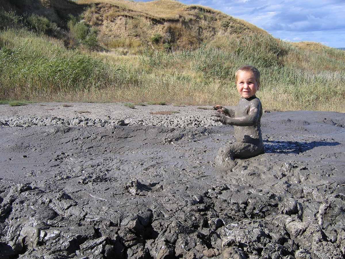 грязевой вулкан Тамани