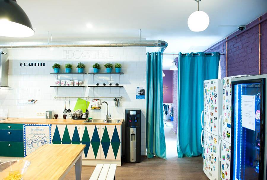кухня хостела