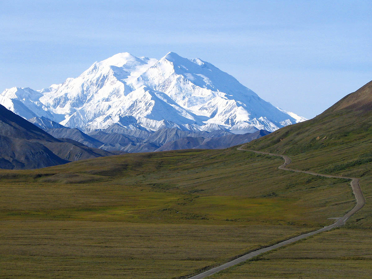 mount McKinley and Denali National park road