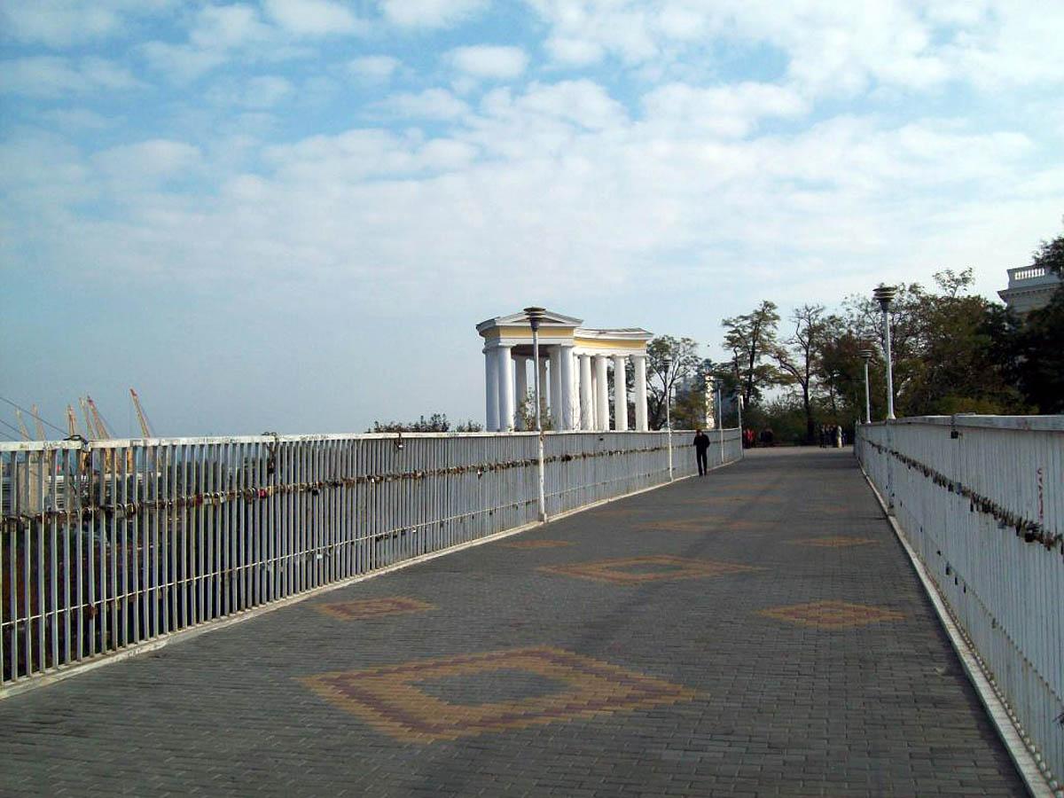 на Тещином мосту в Одессе