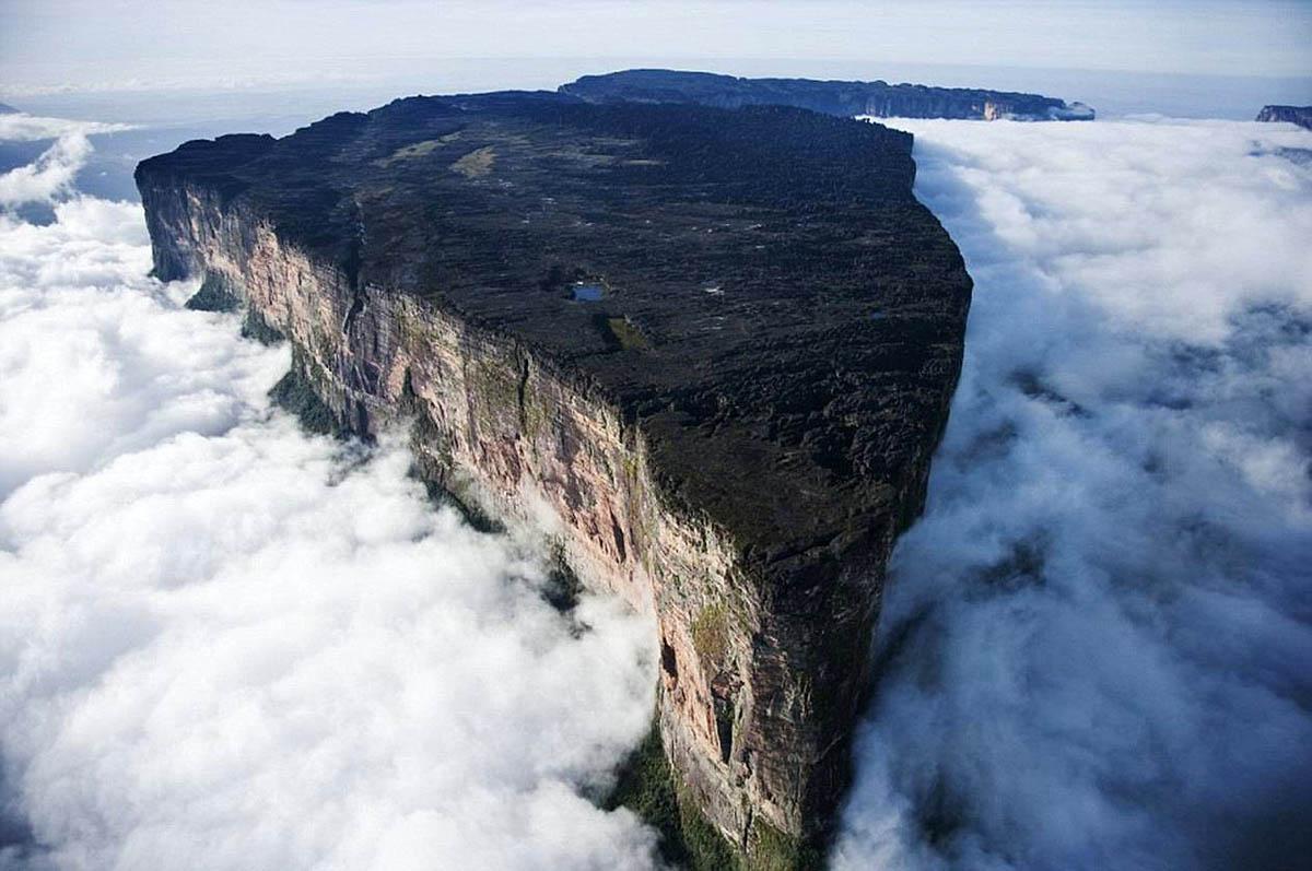 столовая гора Рорайма