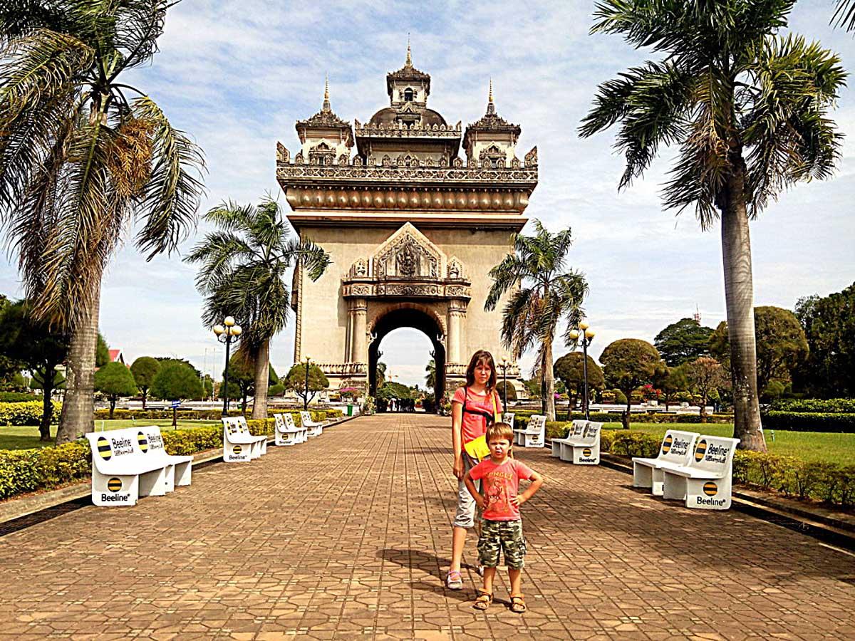 триумфальная арка Патусай, Вьентьян, Лаос