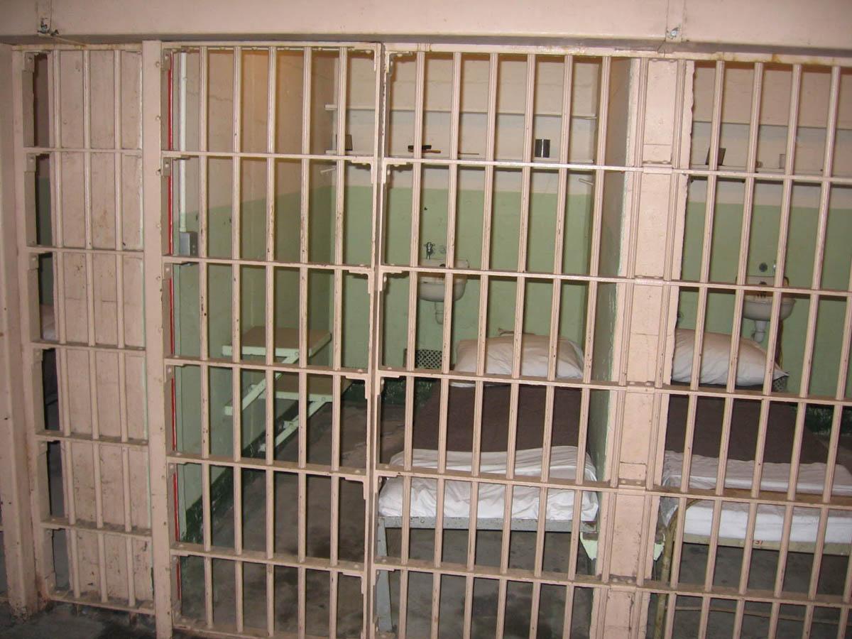 тюремная камера Алькатраса