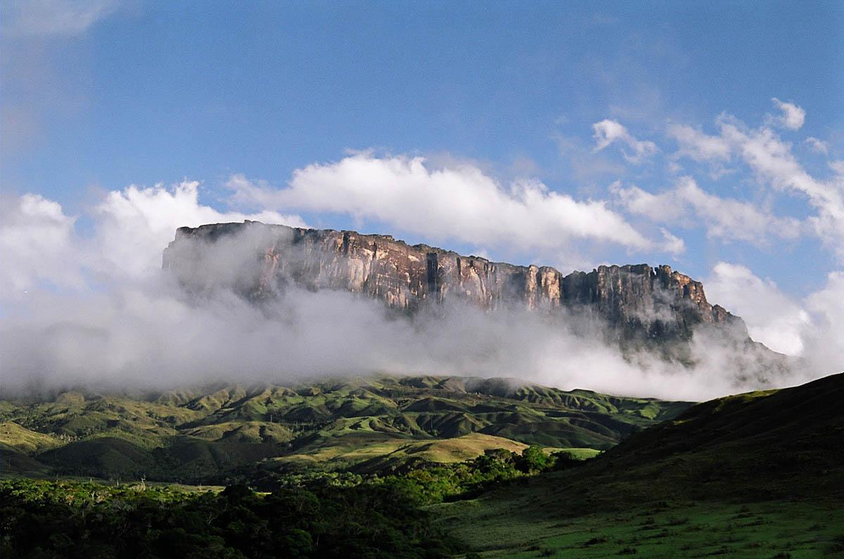 вид на гору Рорайма