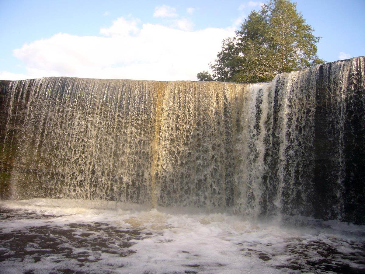 водопад Ягала в Эстонии
