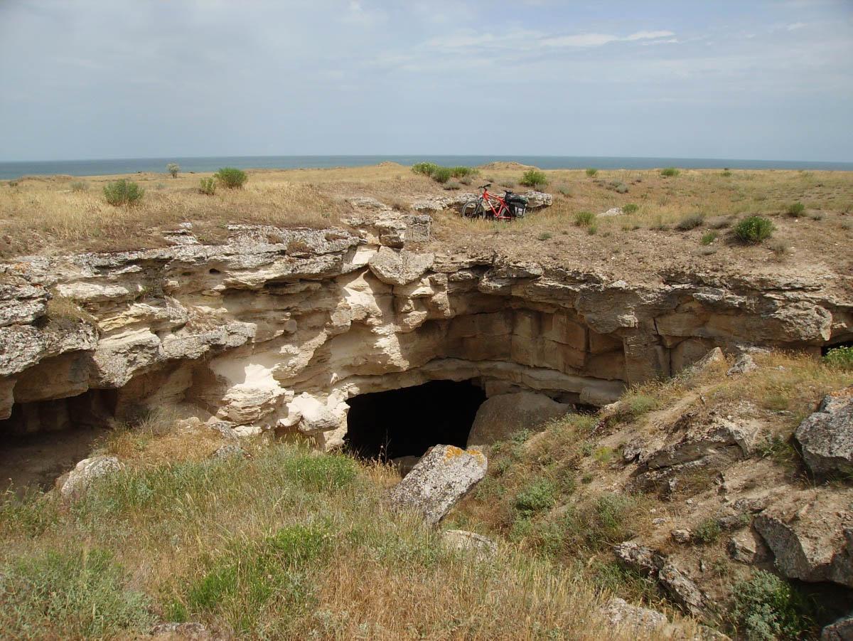 Ак-Монайские каменоломни, Крым