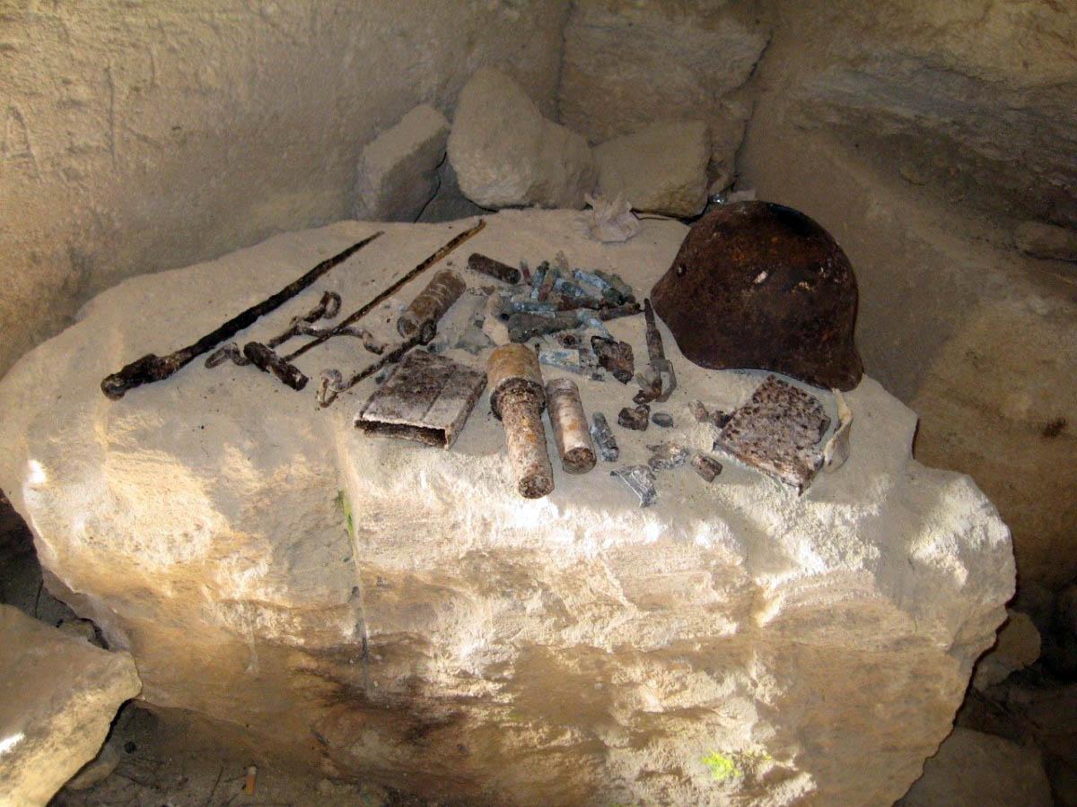 Ак-Монайские каменоломни в Щелкино, Крым