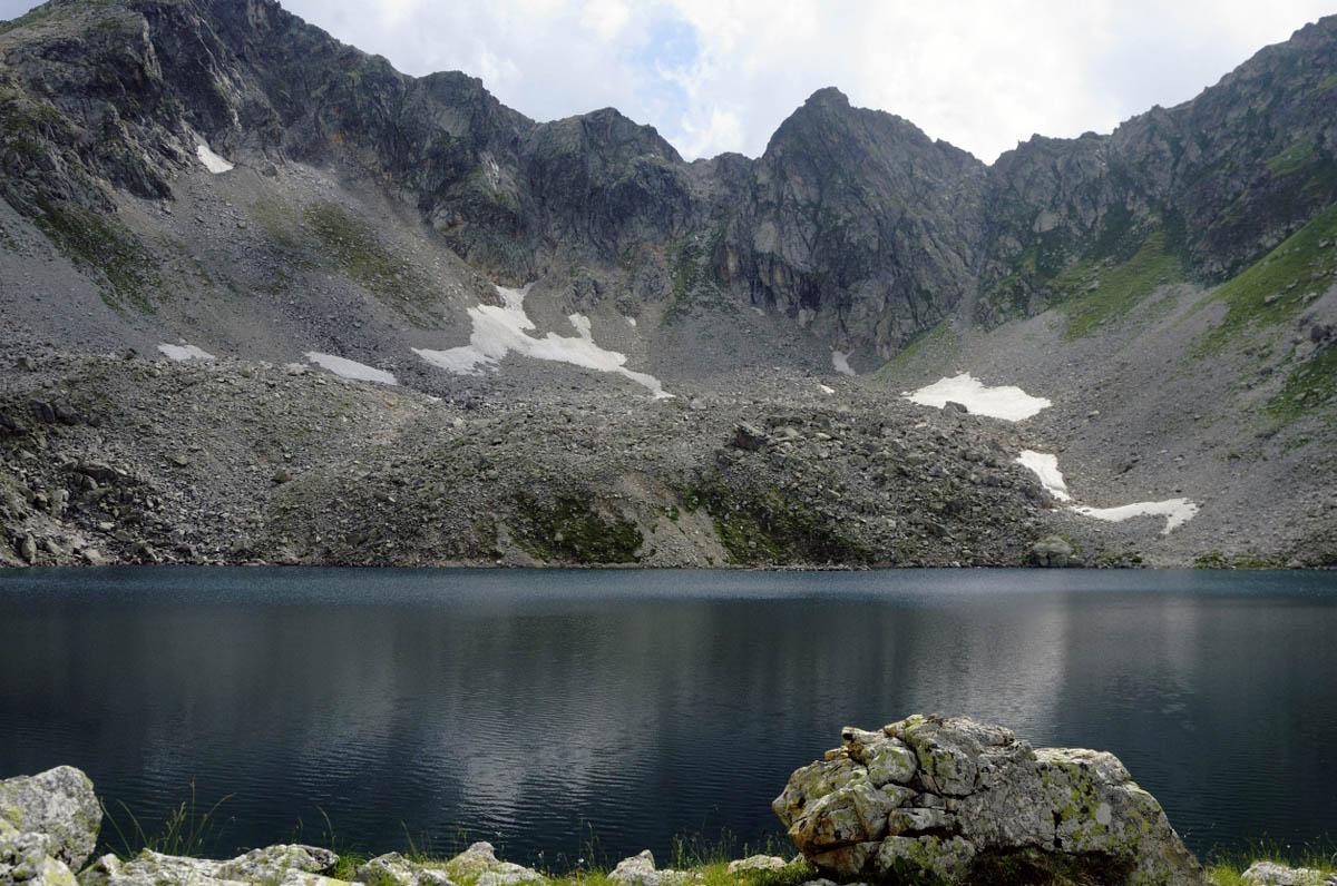 Черное Муруджинское озеро