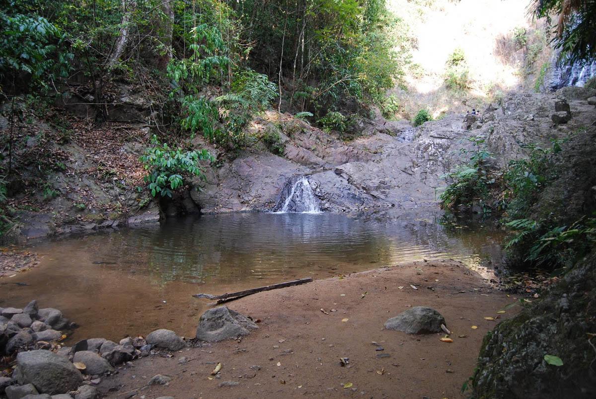 Phanom bencha national park, Tailand