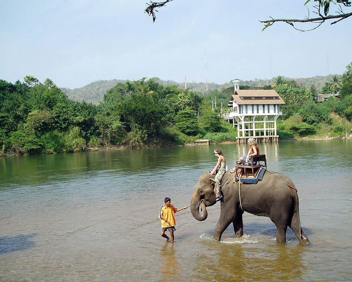экскурсии на слонах в Тайланде