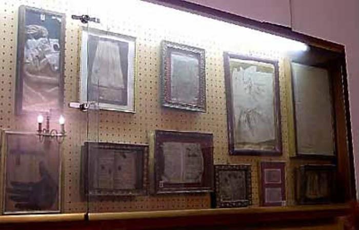 экспонаты музея душ усопших в Риме