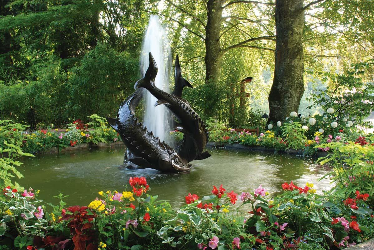 фонтан трех осетров в саду Бутчартов