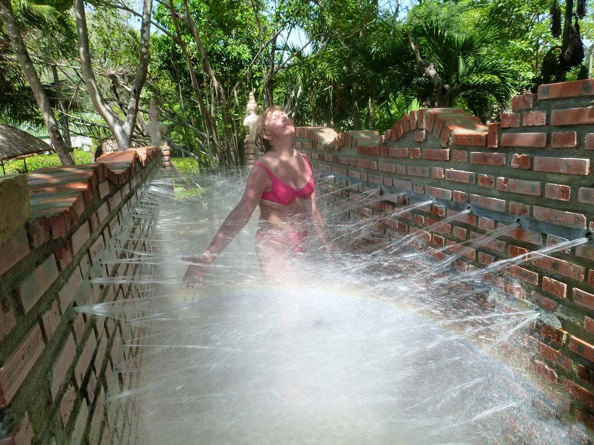 грязелечебница Тхап Ба, Вьетнам