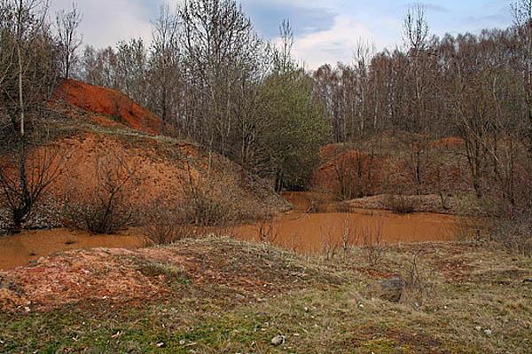 красные озера на Черной горе
